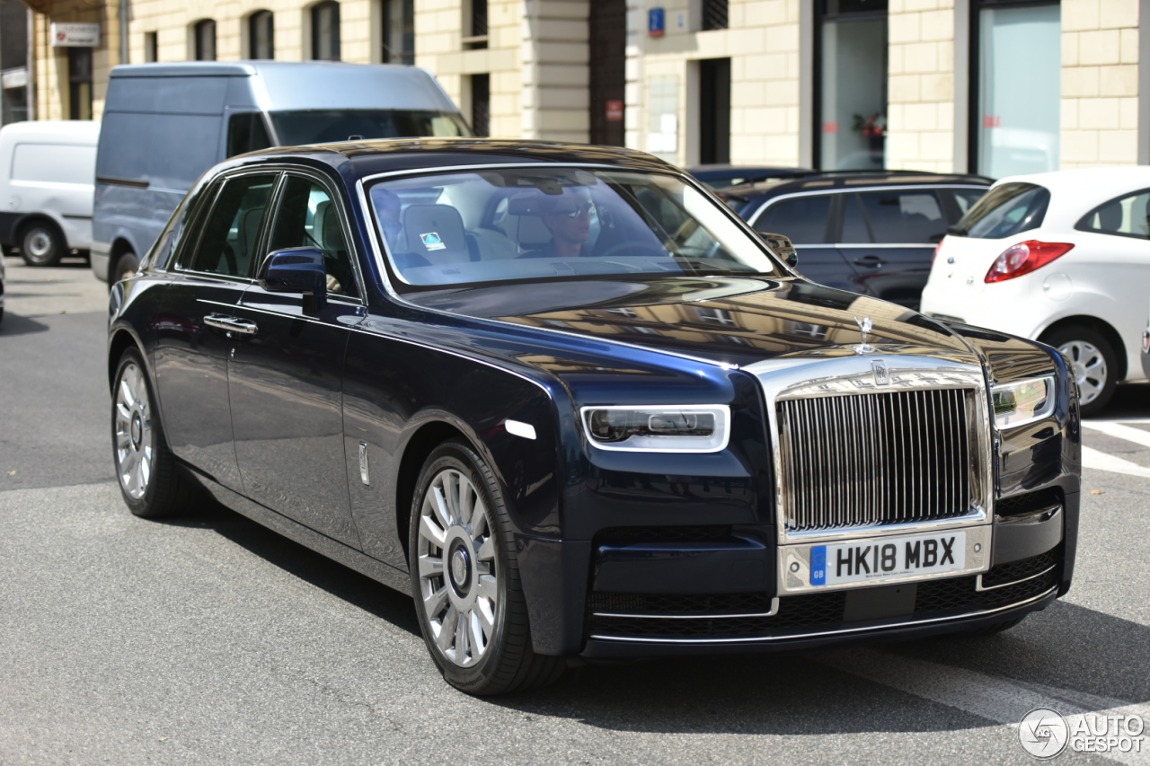 rolls royce phantom viii ewb 13 july 2018 autogespot. Black Bedroom Furniture Sets. Home Design Ideas