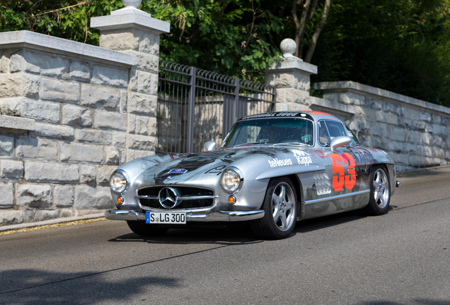 Mercedes-Benz 300 SL Gullwing V8 AMG