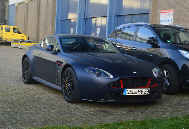 Aston Martin V12 Vantage S Red Bull Racing Edition