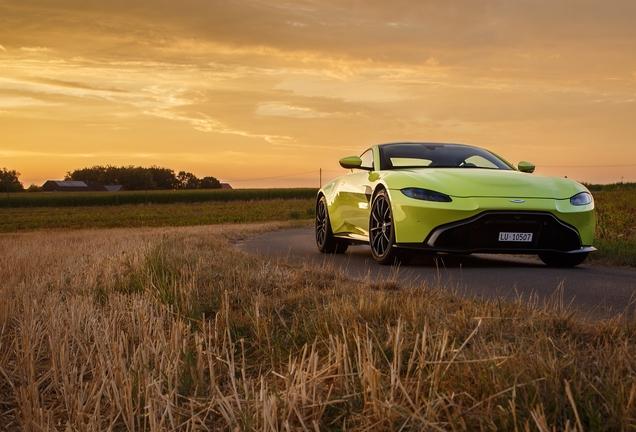 Aston MartinV8 Vantage 2018