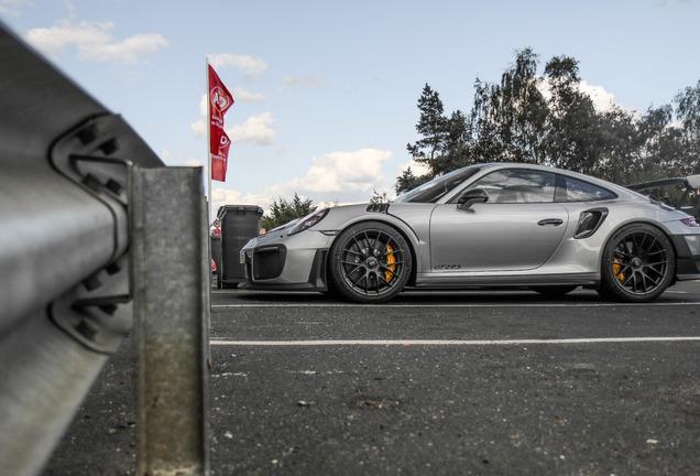 Porsche 991 GT2 RS Weissach Package
