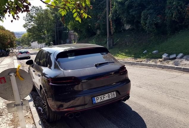 Porsche 95B Macan Turbo Exclusive Performance Edition