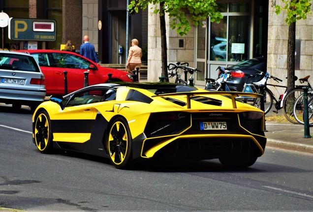 Lamborghini Aventador LP750-4 SuperVeloce Roadster