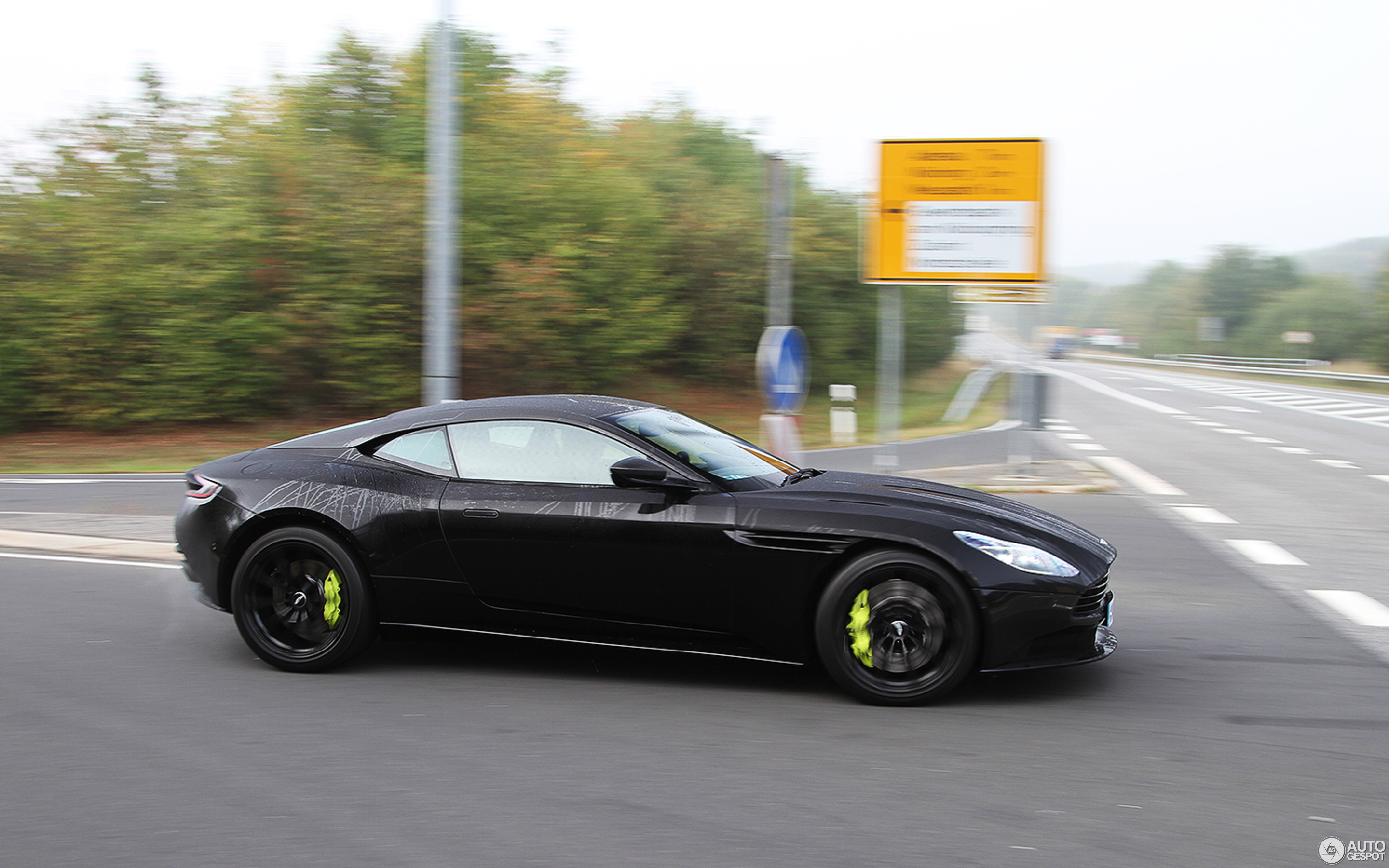 Aston Martin DB11 AMR 6 September 2018 Autogespot