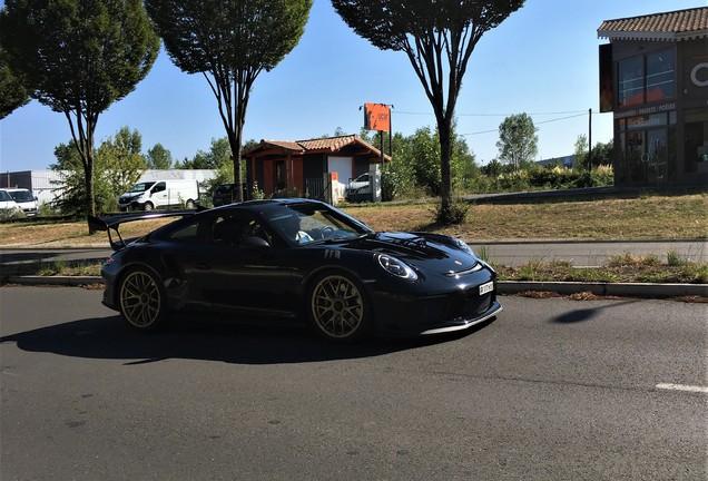 Porsche Manthey Racing 991 GT3 RS MR