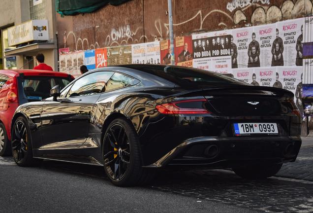 Aston Martin Vanquish 2015 Carbon Black Edition