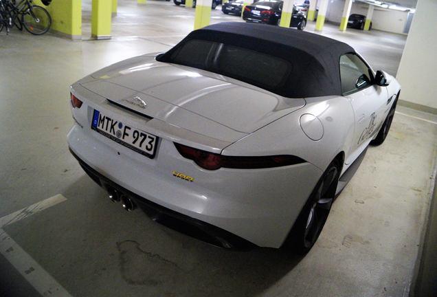 Jaguar F-TYPE 400 Sport Convertible