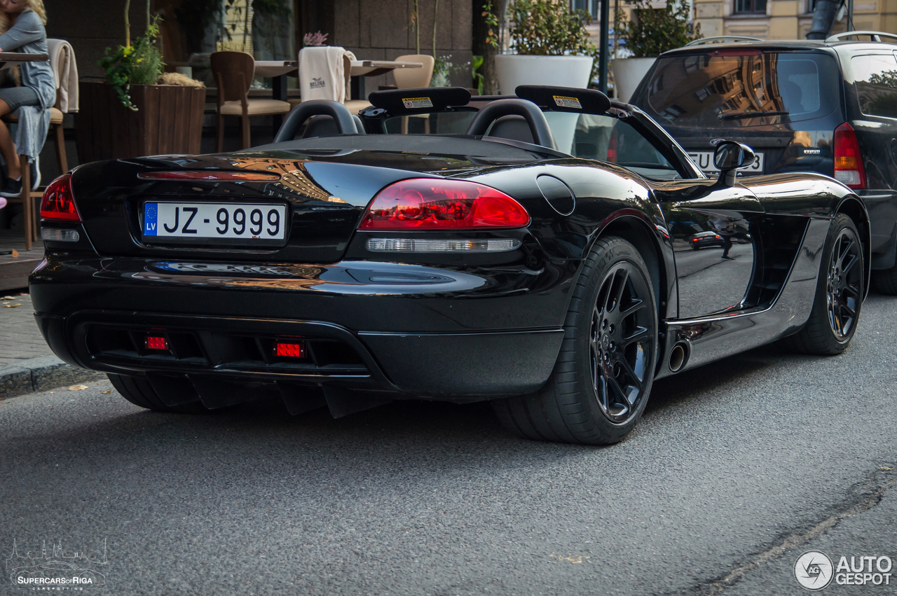 Dodge Viper SRT-10 Roadster 2003