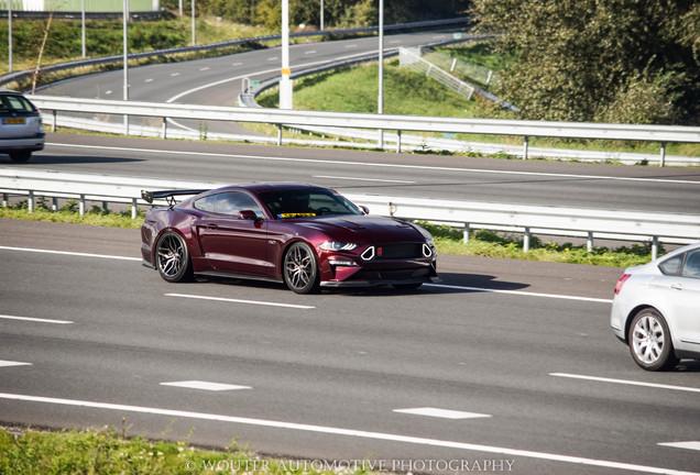 Ford Mustang GT 2018 Royal Crimson GT