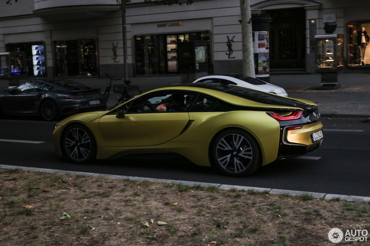 bmw i8 protonic frozen yellow edition 10 oktober 2018 autogespot. Black Bedroom Furniture Sets. Home Design Ideas