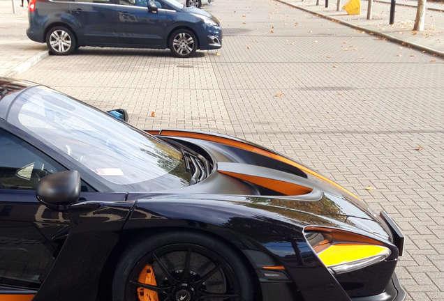 McLaren Senna