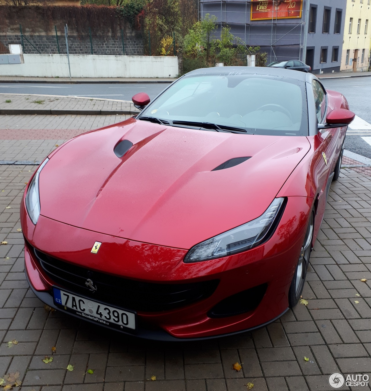 Portofino Car: Ferrari Portofino