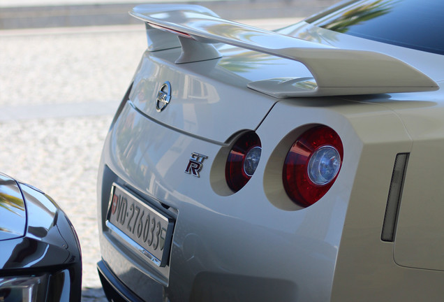 Nissan GT-R 2013