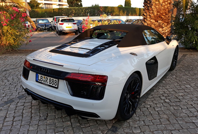 Audi R8 V10 Spyder 2016