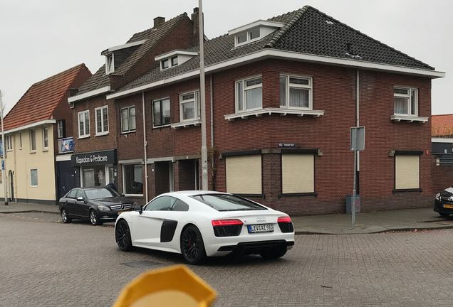 Audi R8 V10 2015