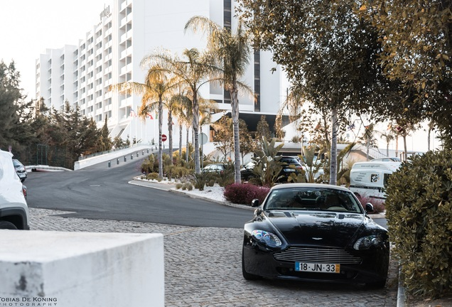 Aston Martin V8 Vantage Roadster