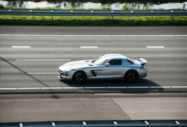 Mercedes-Benz Renntech SLS AMG